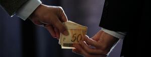 Esqextorsão empresarialuema de corrupção